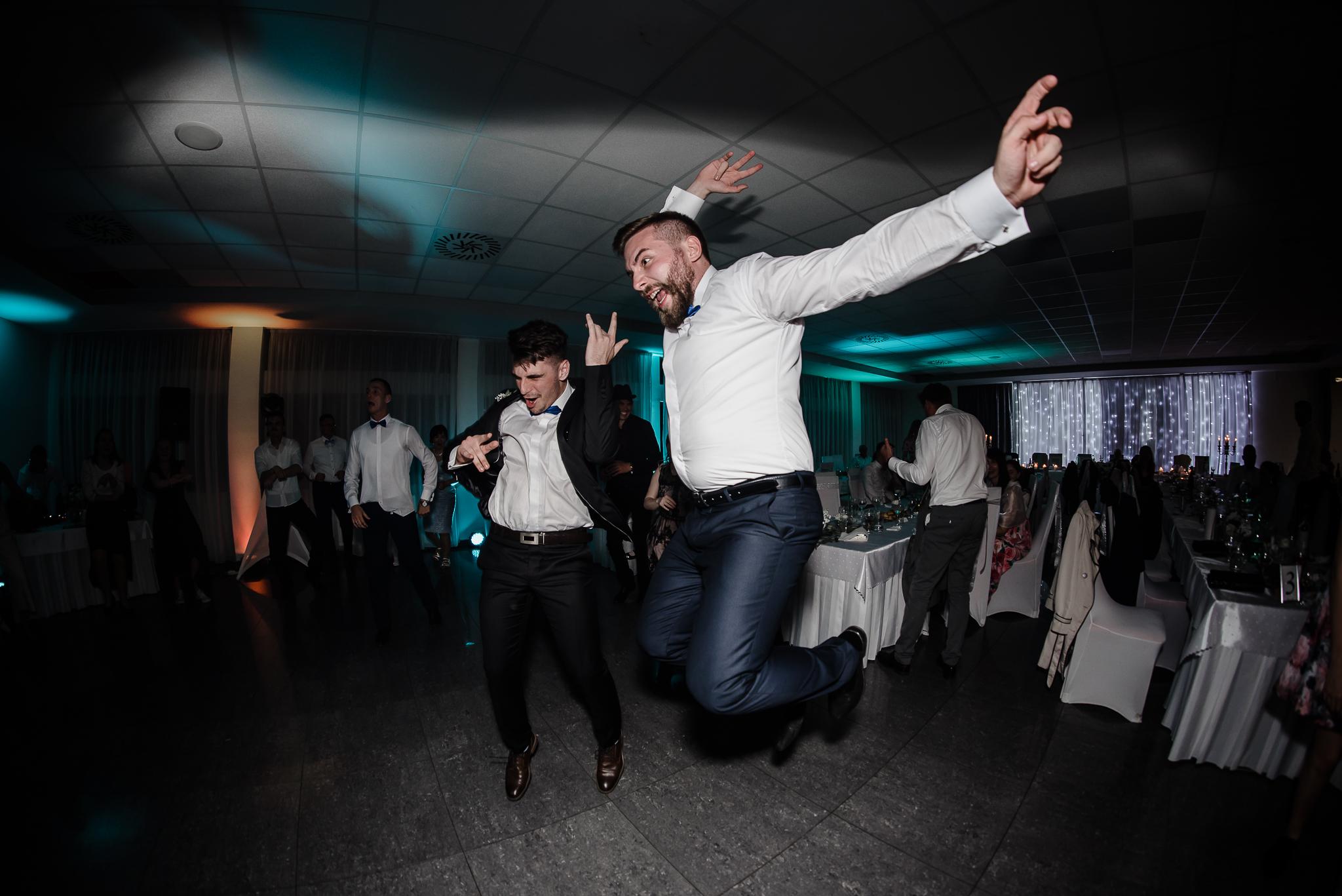 Svadba Pata, Kulturák u Palušáka 05 #svadobnyDJ, #djanasvadbu, #svadba, #svadbapata, #Pata #DJAnavi