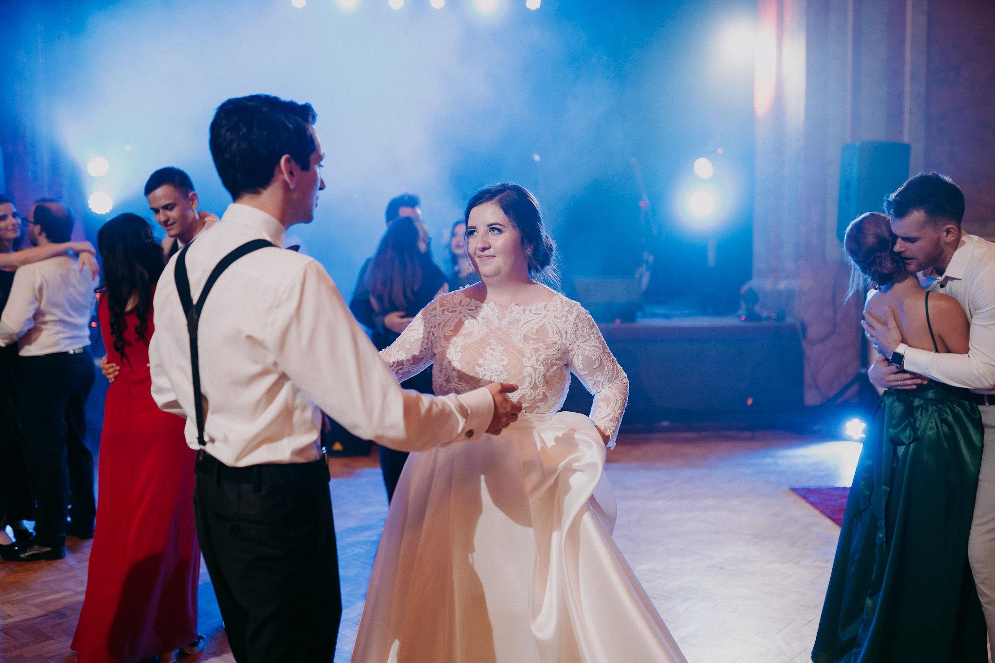 Svadba Hlohovec, Empirove divadlo 01 #svadobnyDJ, #djanasvadbu, #svadba, #svadbahlohovec, #Hlohovec #DJAnavi, #empirovedivadlo